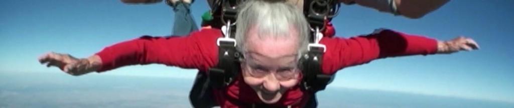 Parachutespringen is voor jong en oud!